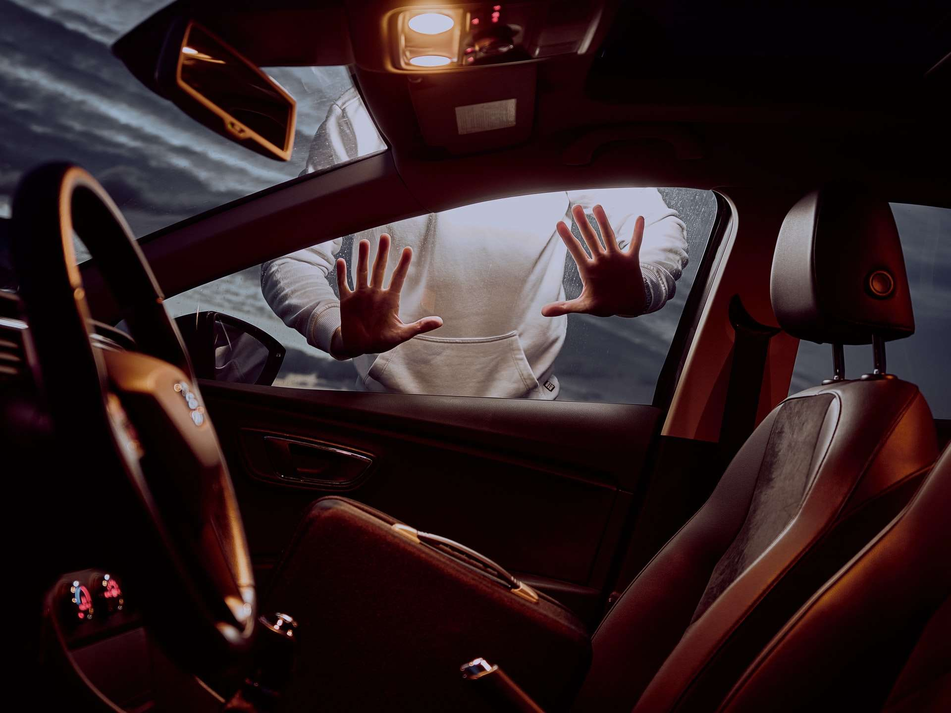 Çalınan Araba Nasıl Bulunur? Araba Çalındığında Neler Yapılmalıdır?